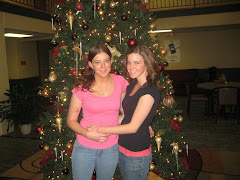 Christmas Photo-Katie and Kristen
