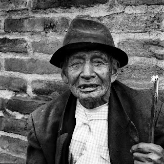 Portraits of Ecuador - Brandon Allen Photography - Elderly Gentleman