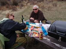 Break for lunch on the river