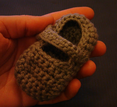 YARNGEAR: A Knitting  Crochet Blog: Striped Raglan for Baby - UPDATED