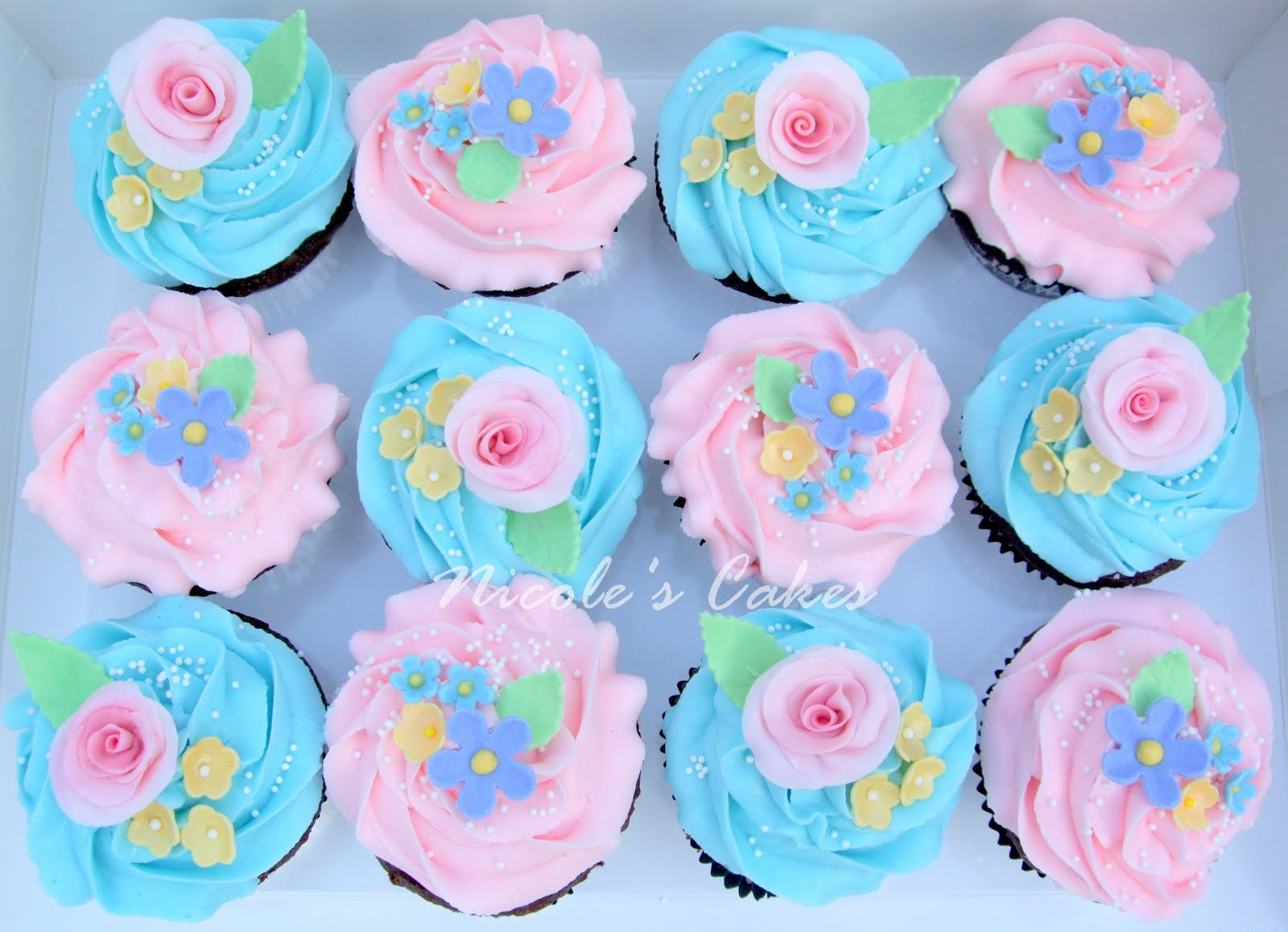 On Birthday Cakes Pretty Spring Flower Cupcakes