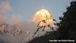Mt. Ushba (4710 m)