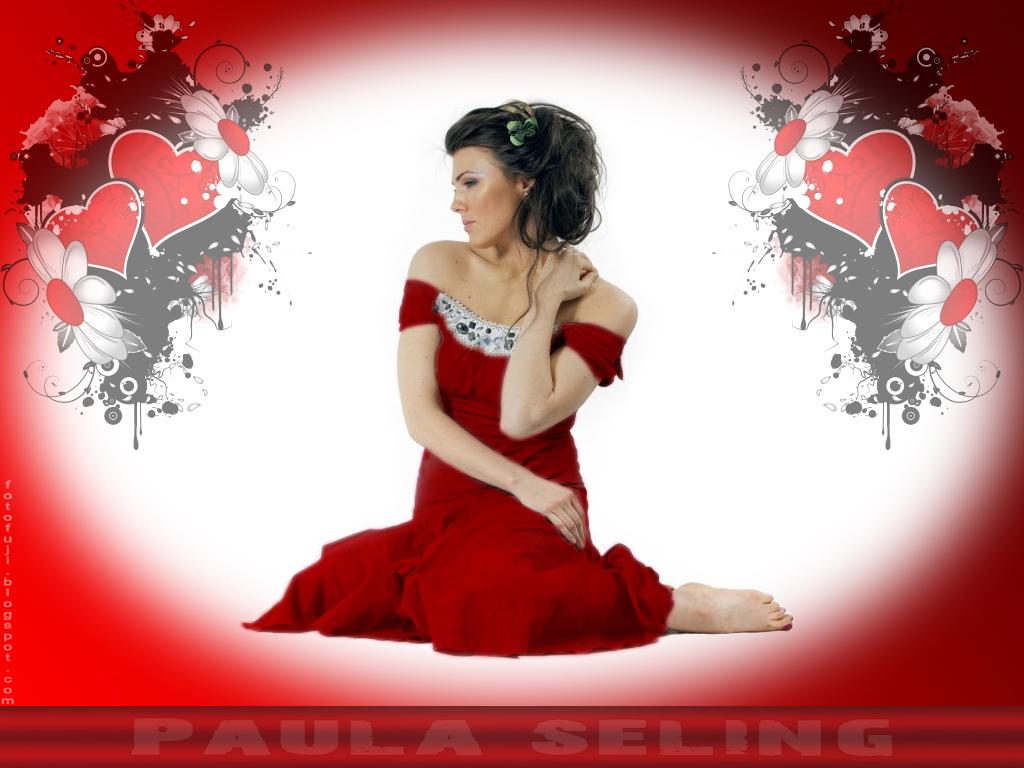 http://3.bp.blogspot.com/_i6co2fwMbTo/TVBDGXbOaTI/AAAAAAAAMxY/KM4ievhcShA/s1600/wallpaper+Paula+Seling+valentine.jpg