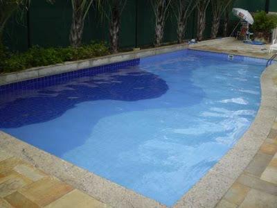 Aquatica piscinas condominio residencial bella carolina for Piscina residencial