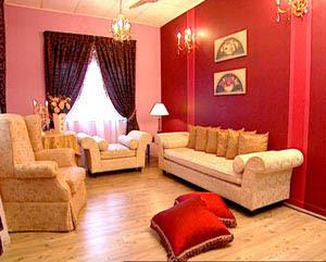 padanan warna dinding rumah dengan langsir dan perabot ceqgu