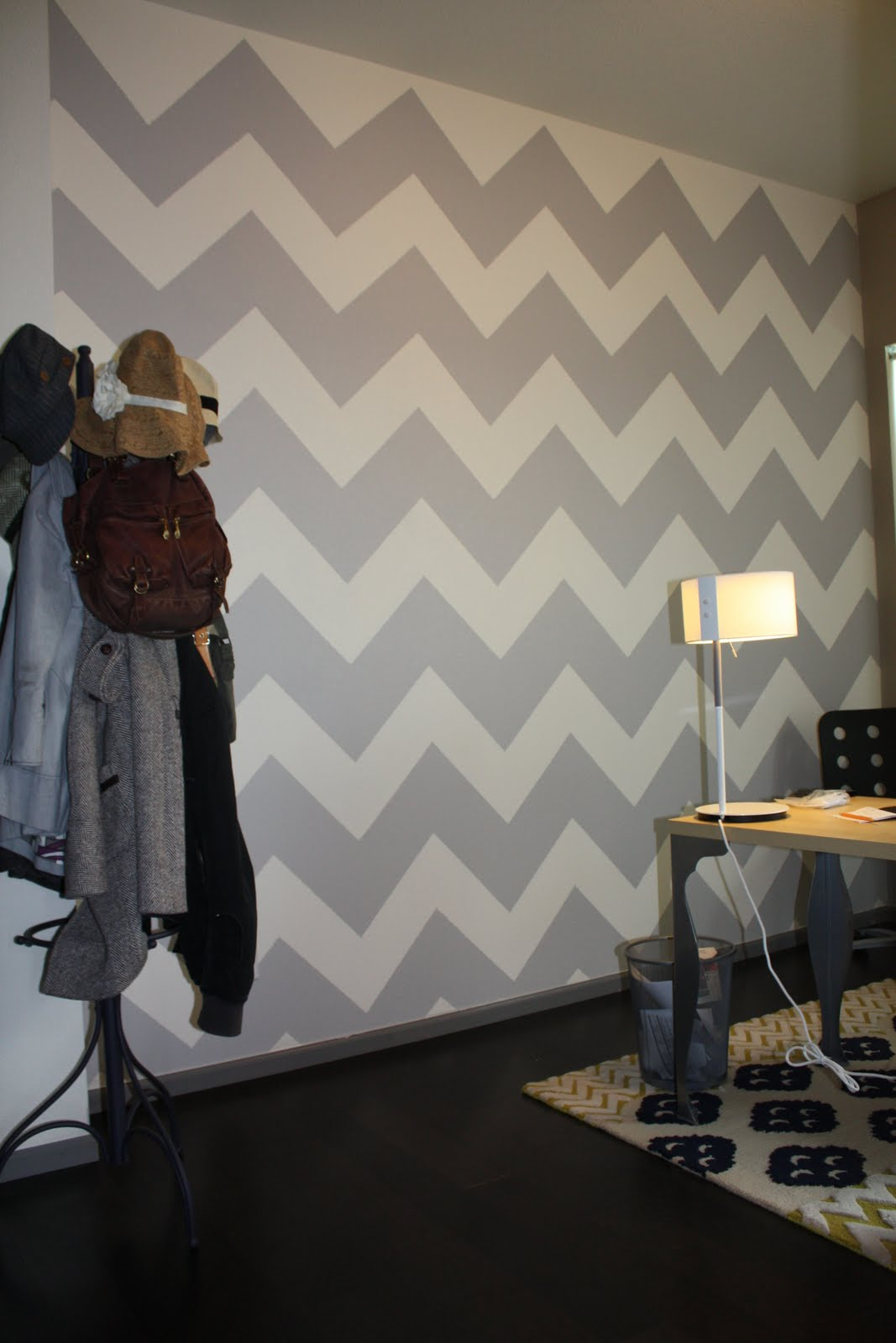 1000 ideas about zig zag wall on pinterest corner wall for Zig zag bedroom ideas