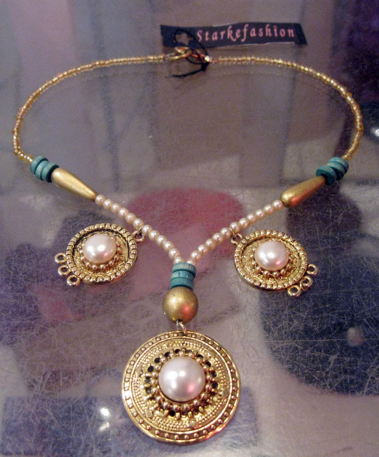 http://3.bp.blogspot.com/_i9IViQYVUqg/TMQ2SmkNSmI/AAAAAAAAA6w/3sy5grfcotY/s1600/Collar+bizantino.jpg