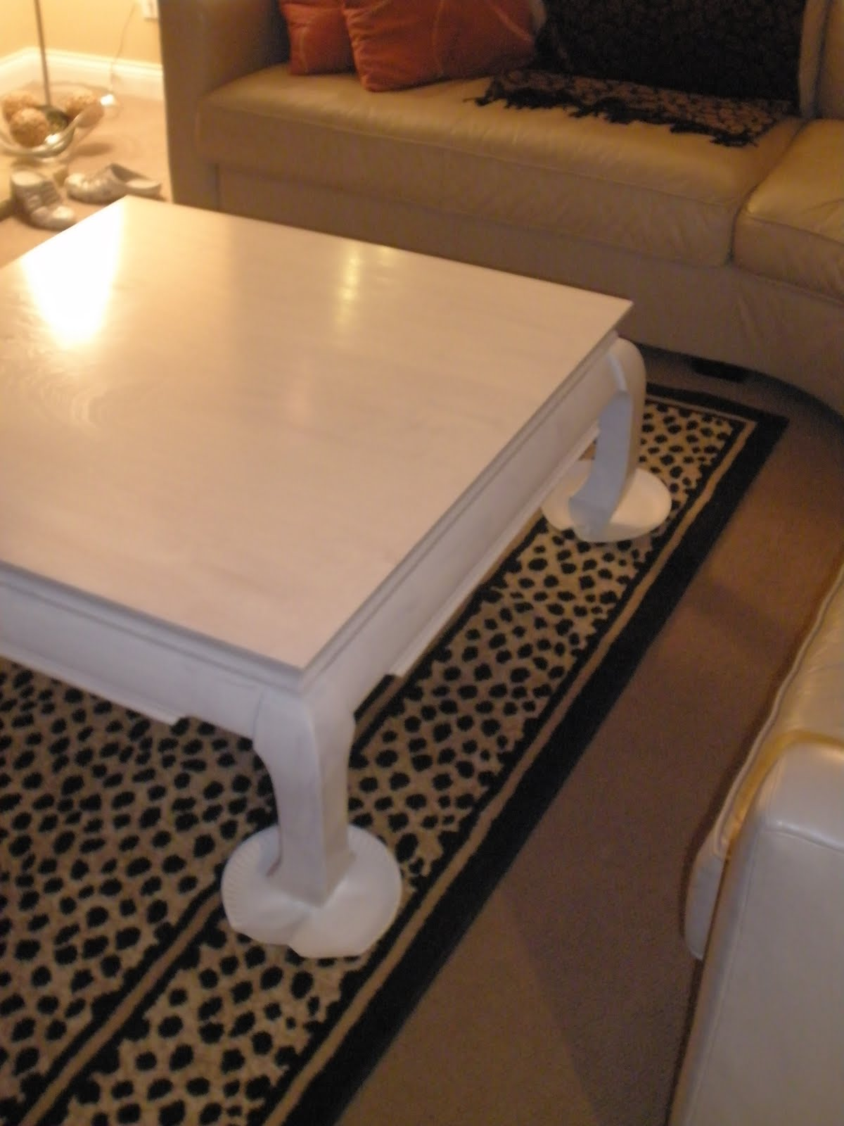 LIVING IN THE 513 White Lacquer Coffee Table