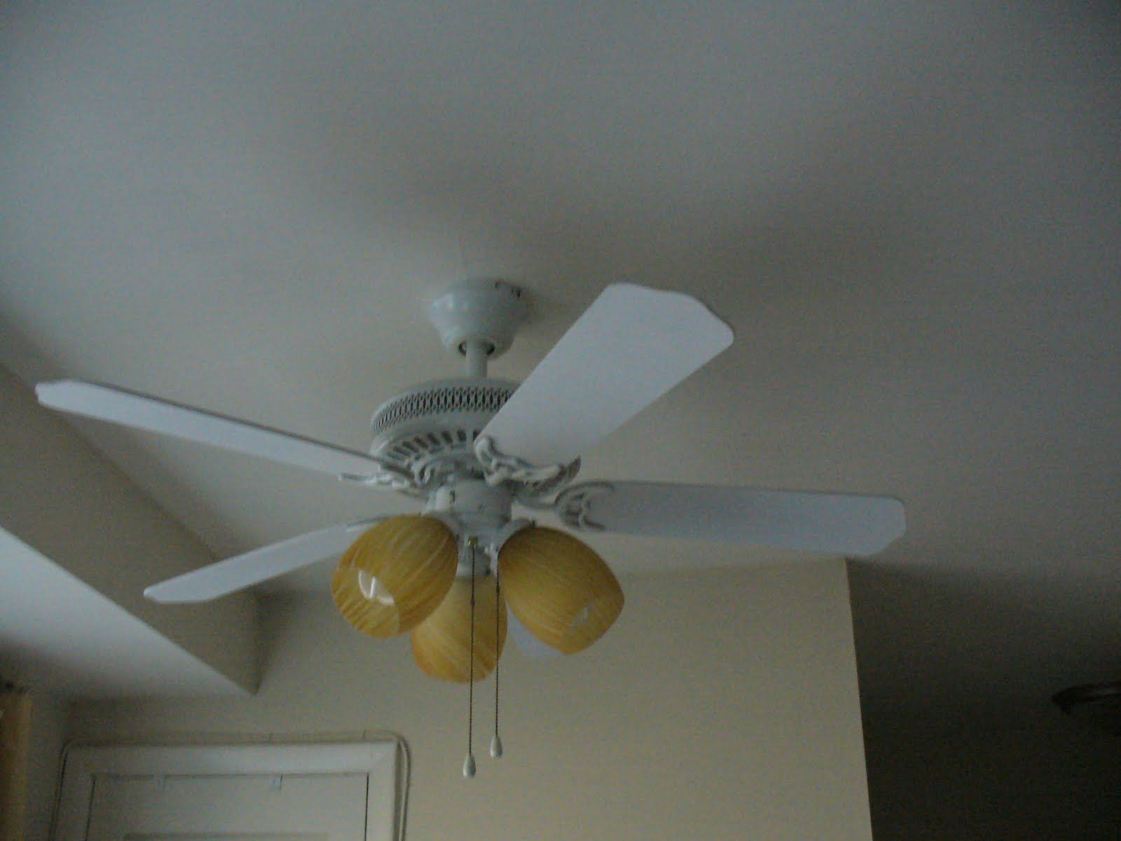 Unintended Housewife Updating My Ceiling Fan