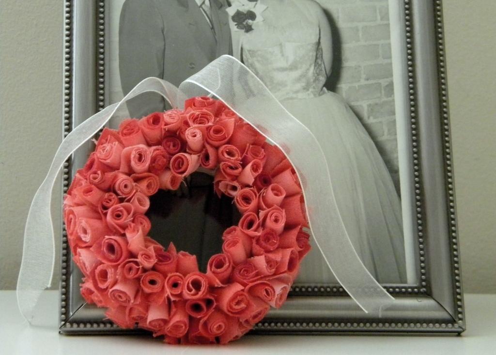 http://3.bp.blogspot.com/_iCVXh2P1BVo/TS_B2FwIBXI/AAAAAAAABR0/41EWja2LPE4/s1600/Wreath+3.jpg