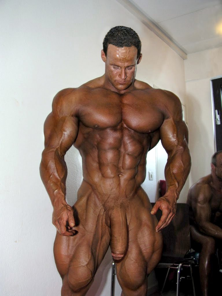 Hot Body Builder