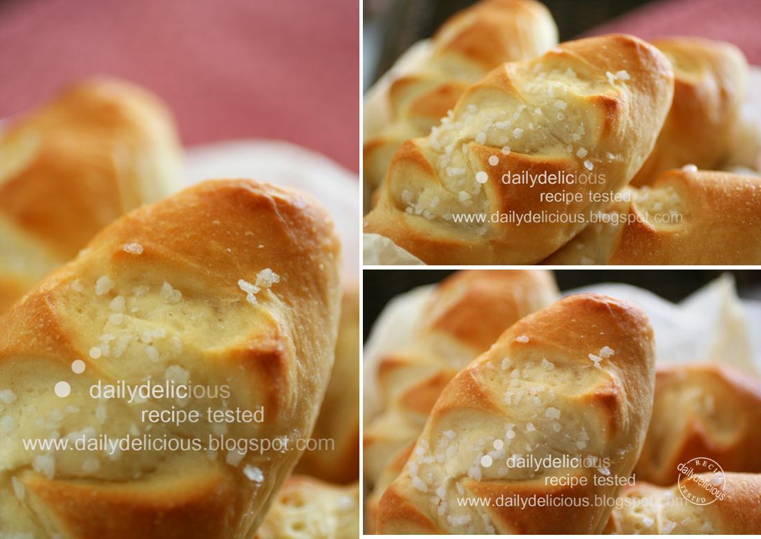 dailydelicious: Pain au lait: Delicious mini milk bread!