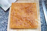 Pressed Tin Cake