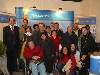 Alumnos de Asnadis en el Stand de Constantina
