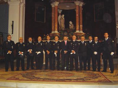 La Plantilla de la Policía con el Alcalde de Constantina, Mario Martínez