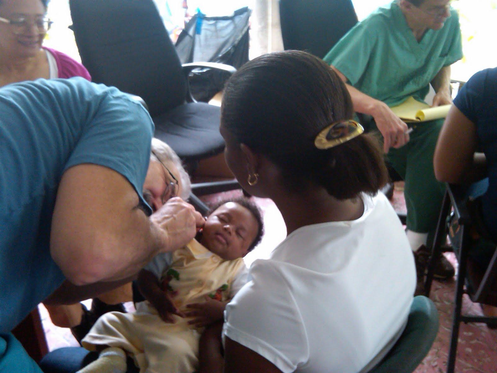 [infant+exam-780921.jpg]