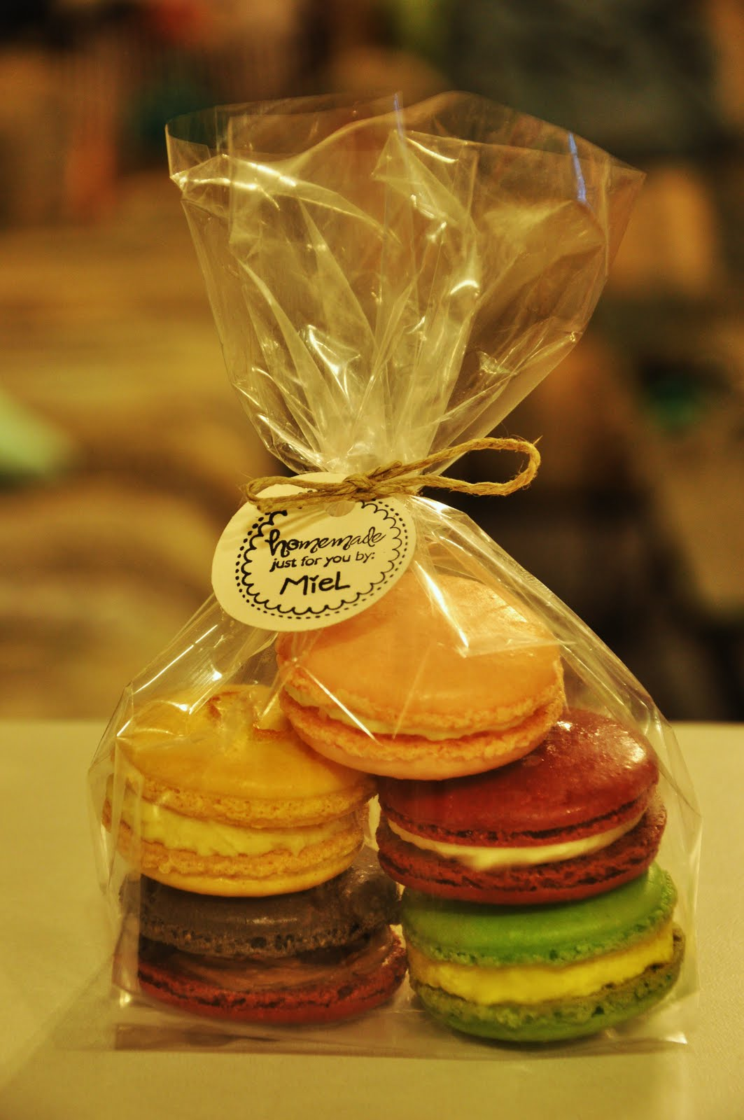 FACE YOUR BATTER ! !: First Macaron Sale!!