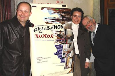 El director David Orejas, la productora y guionista, María Paz Orejas, y el humorista gráfico Antonio Fraguas, 'Forges'