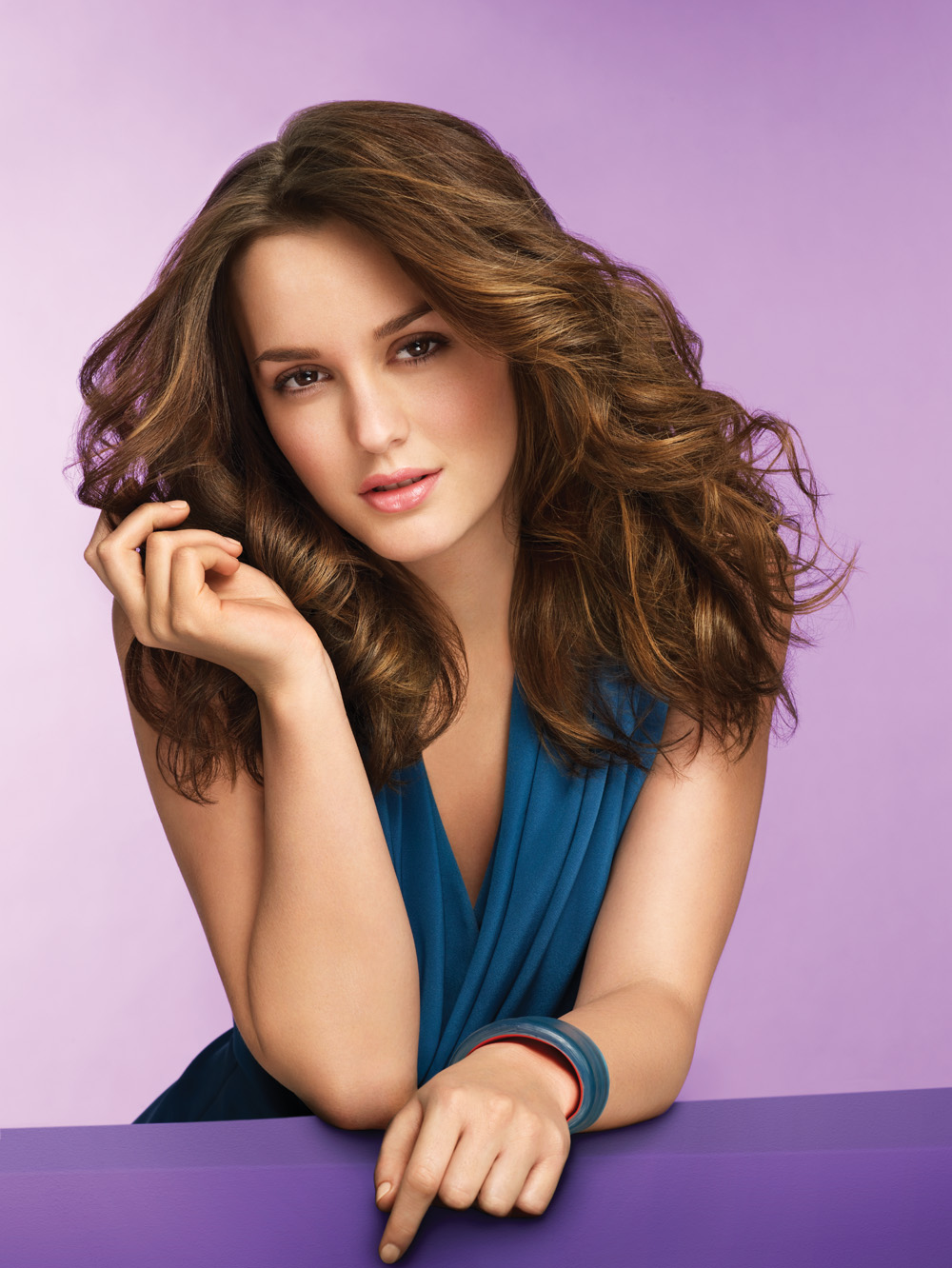 Leighton Meester - Wallpaper Actress