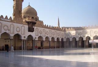 Al-Azhar Gudang Bukan Gubuk