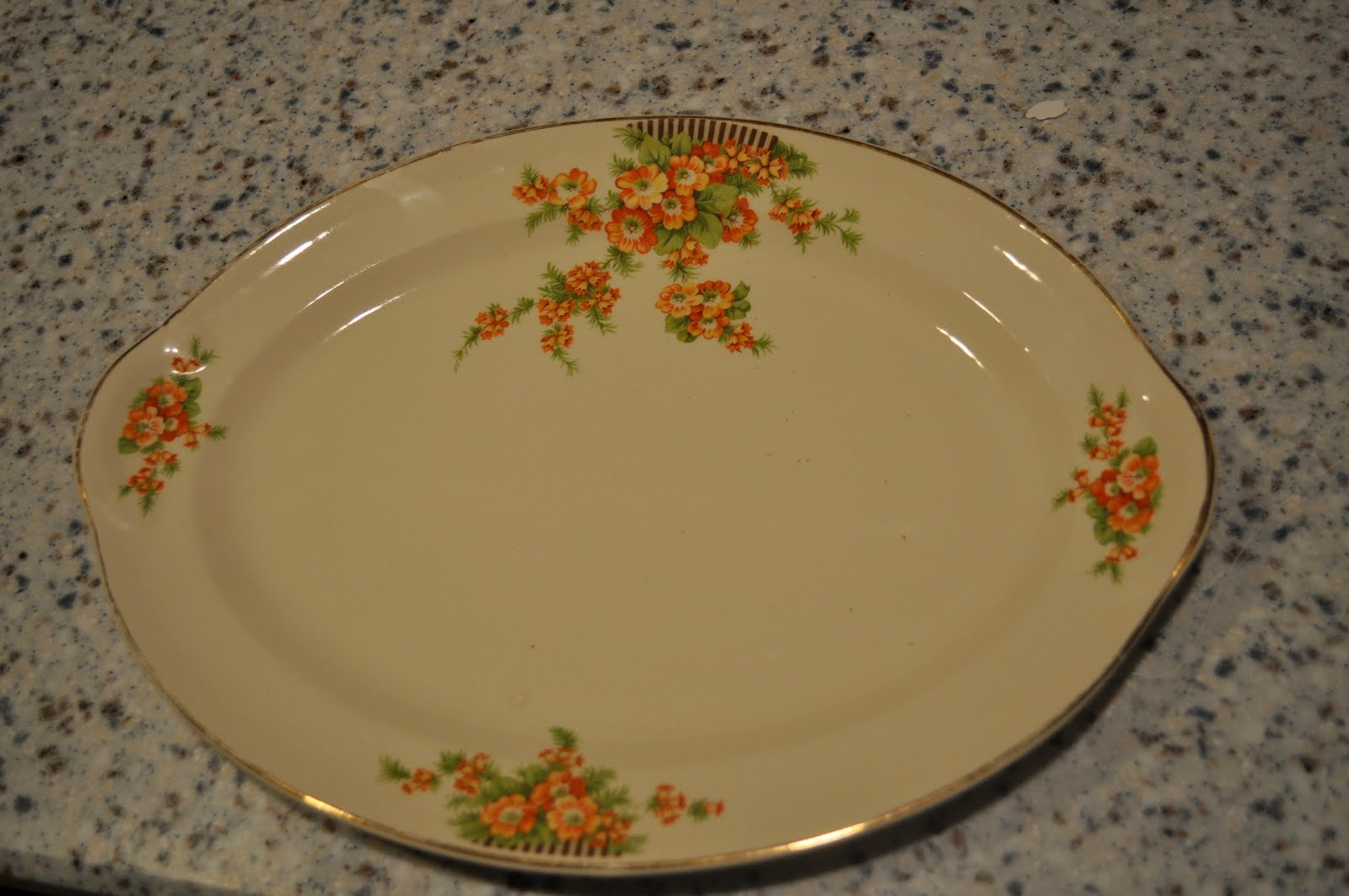 Create, by Carrie: Repurposing an old plate...