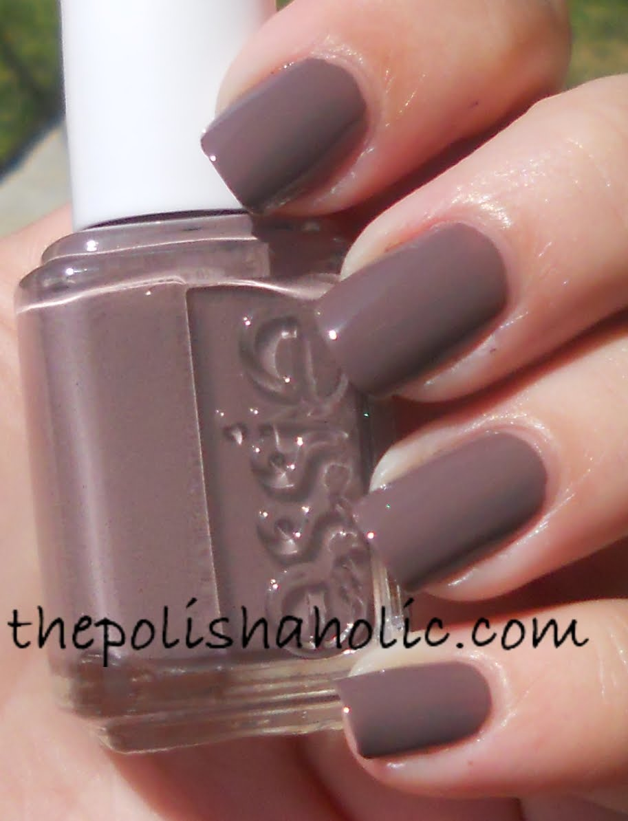 The PolishAholic: Essie- Merino Cool
