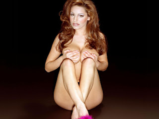 kelly brook pic
