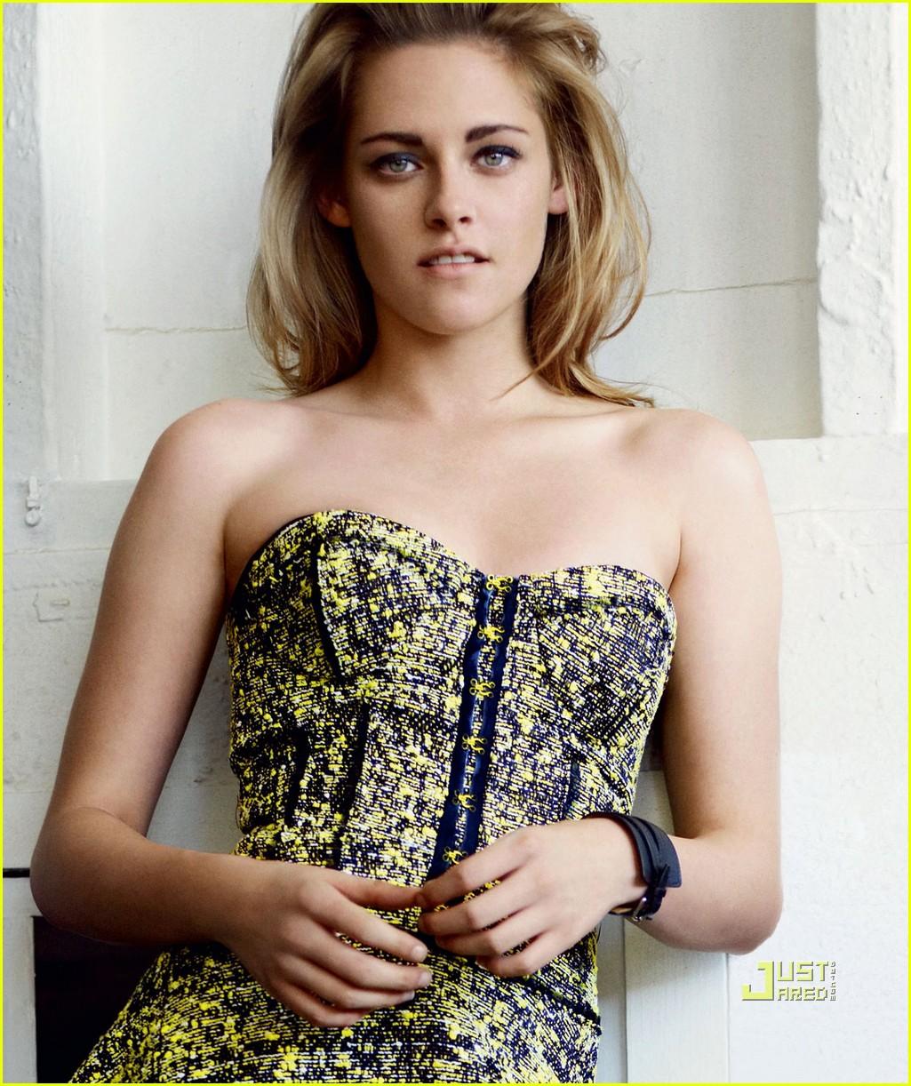 http://3.bp.blogspot.com/_iJRJofQ48WM/TTXLbK87AiI/AAAAAAAAATE/bIwy9lUu3VI/s1600/Vogue+Kristen+2.jpg