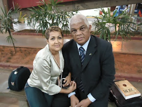 ELEN VIANA E CHICO SAMPA, JORNALISTA E DIRETOR DO JORNAL´BRAZILIAN PRESS- ESTADOS UNIDOS