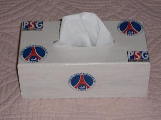 Championnat de Foot Ligue 1 - Saison 2016-2017 - Page 20 Boite+a+mouchoir+psg