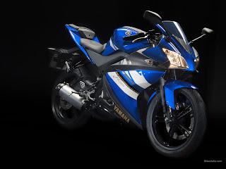 Yamaha YZF R125, insurance