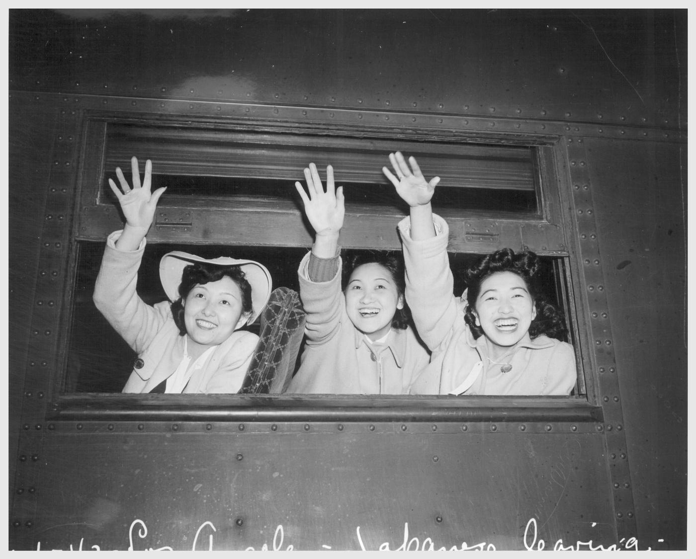 [waving+goodbye.htm]
