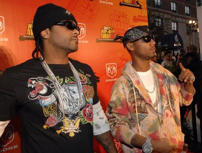 Juelz Santana, is reportedly been arrested. Telling his twitter follers,