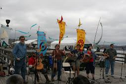 Mel and Vinnie Quartet with sloop crew