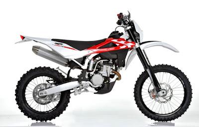 2011 Husqvarna TE 250 enduro motorcycle