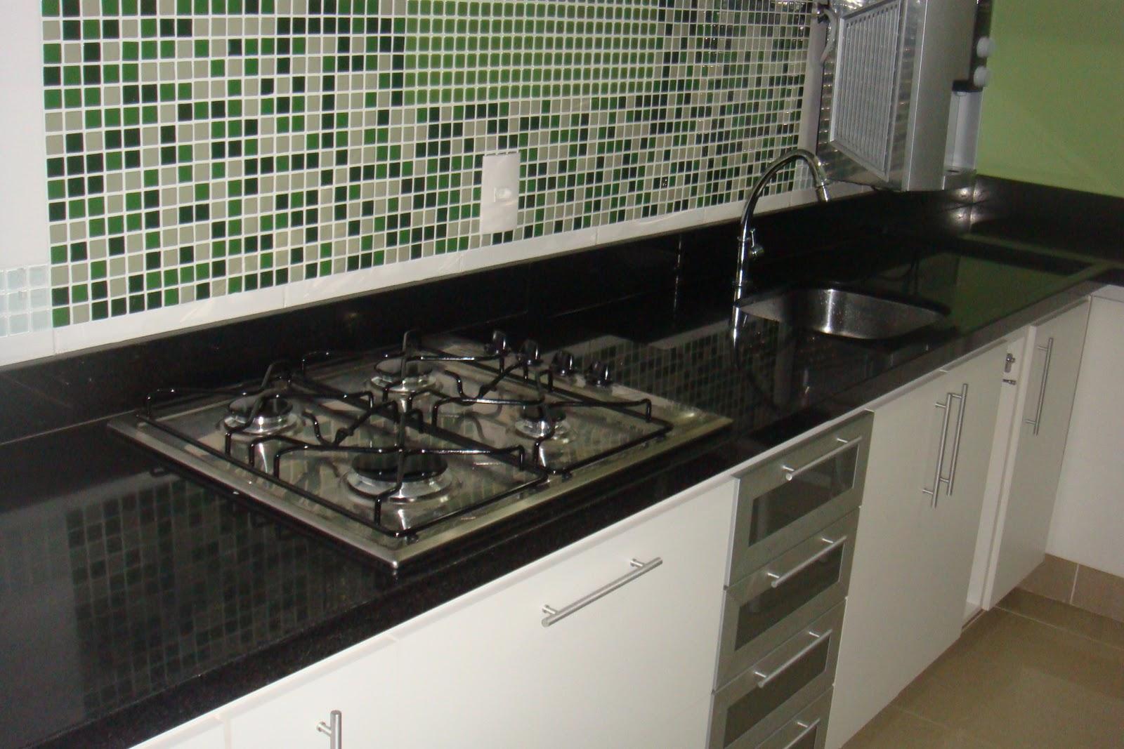 reforma da minha pequena cozinha: Aniversário de casamento e GRANITO #425F37 1600 1067
