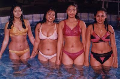 wet mallu aunties exposing navel
