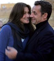 Foto bugil telanjang Carla Bruni istri Presiden Perancis