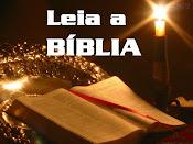 """Um livro - """" Bíblia"""""""
