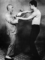 young bruce lee with Yip man