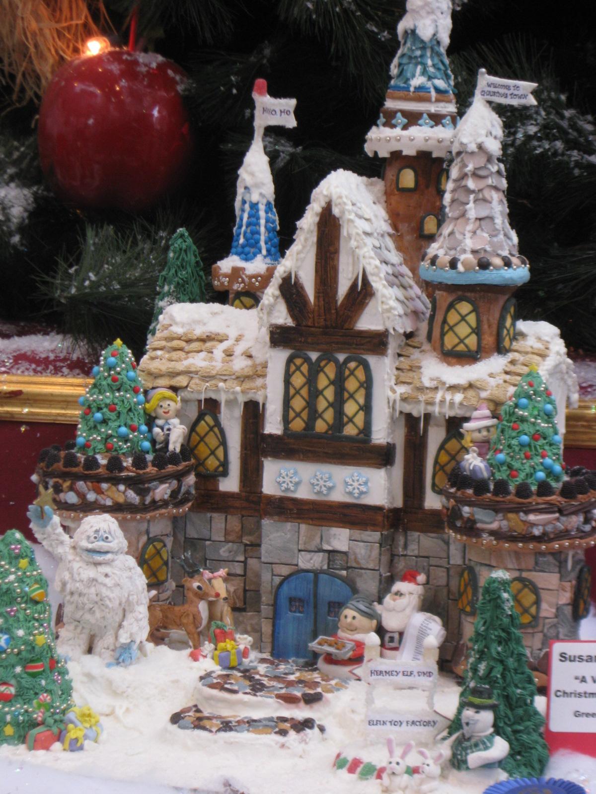 Splendor in the Home: Christmas Moments