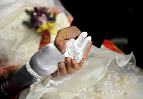 [Chinese_man_Married_Dead_Bride_009.jpg]