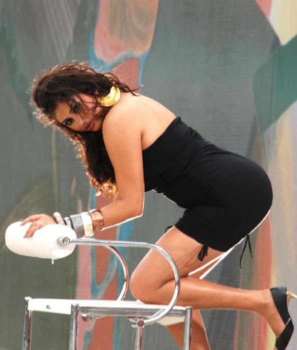 side- namitha photo gallery