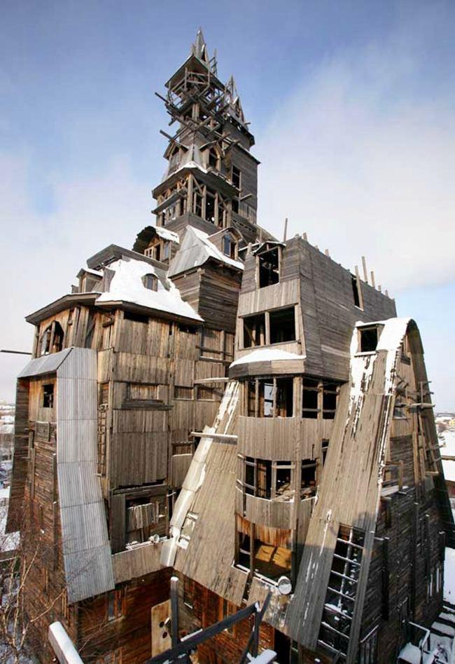 Wooden skyscraper in Arkhangelsk. Demolished in 2009
