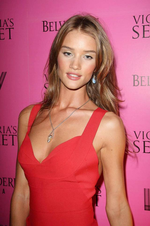 rosie huntington whi. Rosie Huntingdon-Whiteley