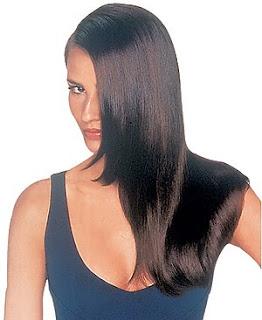 hidratação profunda para cabelos quebradiços.