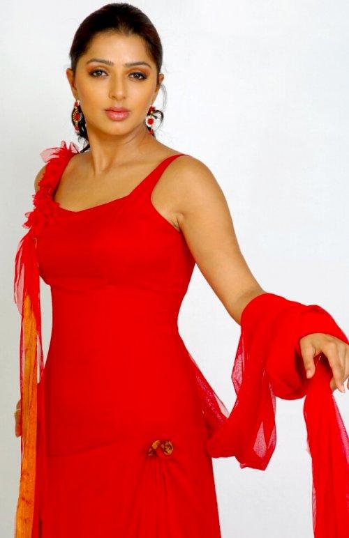 Sexy Bhoomika Chawla
