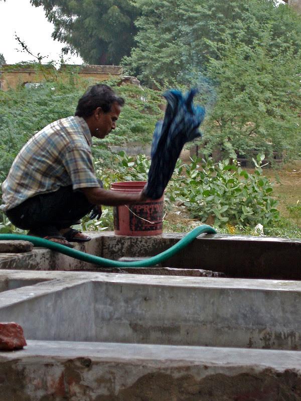 India: Wood Block Fabric Printing title=