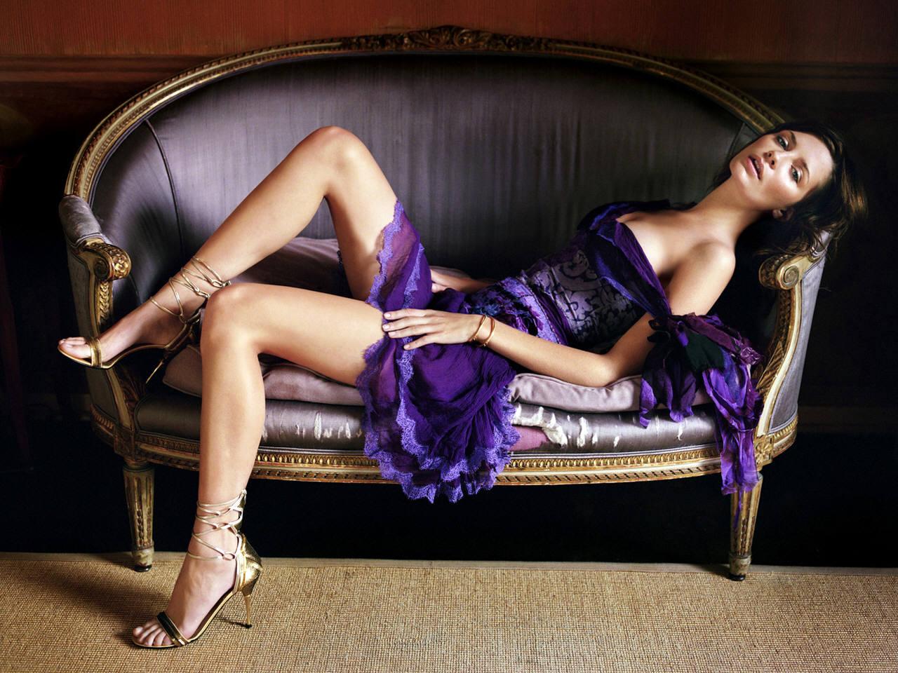 http://3.bp.blogspot.com/_iWmwFx3gc4Y/THGbJzq0-9I/AAAAAAAAD4U/-_0luwFNRKg/s1600/Mischa-Barton-Hot-Sexy.jpg