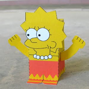 lisa-simpson-papercraft
